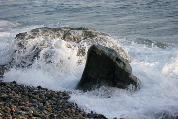 Laxey waves3